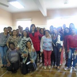 Momento de capacitação com a Psicóloga Renata Adriane