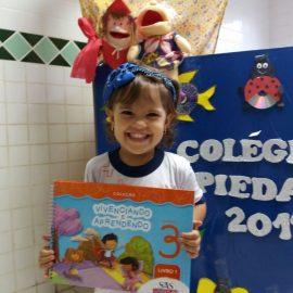 Educação Infantil – Entrega dos Livros – Maternal III