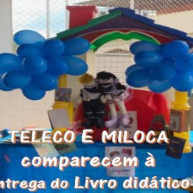 Miloca e Teleco comparecem à entrega do livro didático